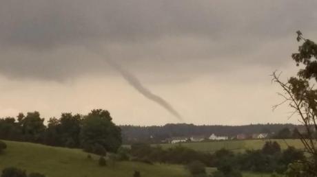 Tornado_gro%c3%9f.jpg