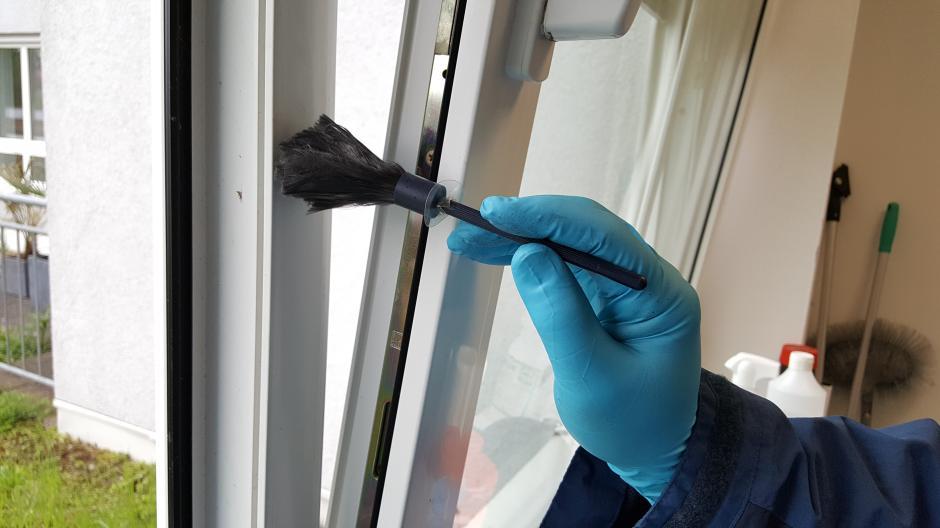 Diedorf Einbrecher Durchsuchen Haus Vom Keller Bis Zum Dach