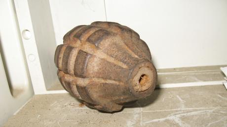 Das ist ein Symbolbild einer Handgranate. Eine Ähnliche wurde in einem Wald bei Medlingen gefunden.