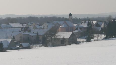 Ansicht des Dorfes Oberliezheim auf den südlichen Anhöhen des Kesseltals.