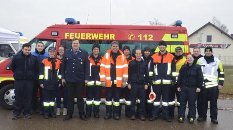 Für ihren Kameraden Anton haben die Feuerwehrler in Schwenningen und Gremheim fleißig bei der Typisierungsaktion im Sportheim Schwenningen mitangepackt.