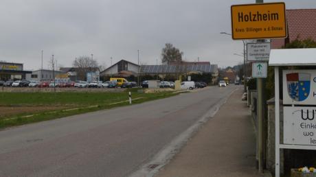 Es steht fest: Die seit Jahren geplante Verbesserung der Ortsdurchfahrt von Weisingen nach Holzheim und der zugehörige Fuß- und Radweg werden im Frühjahr begonnen.