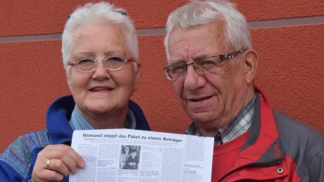 Enttäuscht, dass ihr Geburtstagspaket nicht rechtzeitig ankam: Theresia und Günther Glaeser.