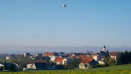 Vor 750 Jahren wurde Oberliezheim urkundlich zum ersten Mal erwähnt. In diesem Jahr wird dieses Jubiläum groß gefeiert. Unter anderem finden an diesem Wochenende zwei Heimatabende mit Gemeindearchivar Helmut Herreiner statt.
