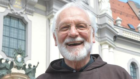 Pater Siegbert Mayer stammt aus Blindheim: Jetzt ist er Wallfahrtsseelsorger in Altötting.