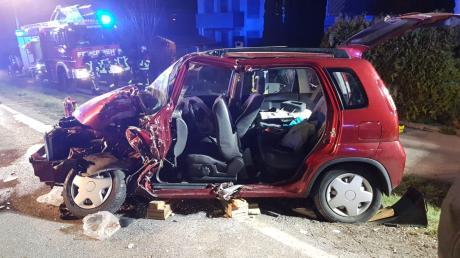 So sah der Wagen von Magdalena Keiß am 1. April dieses Jahres aus. Der jungen Frau war ein Wagen samt Anhänger entgegengekommen, der ins Schleudern geriet und mit voller Wucht in die Seite ihres Autos prallte.