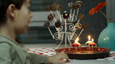Zubereitete Speisen dürfen Geburtstagskinder seit September nicht mehr im Bissinger Kindergarten an ihre Freunde verteilen.