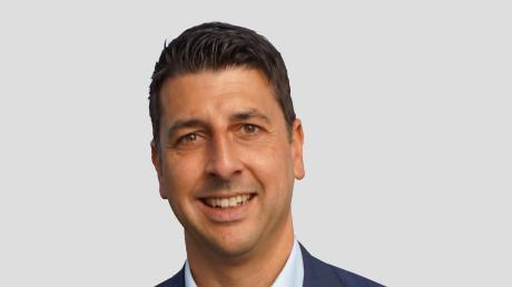 Christian Weber will Bürgermeister in Lutzingen werden. Der Vorstand des CSU-Ortsverbands Lutzingen hat den 39-jährigen Mitarbeiter des Dillinger Landratsamts für die Wahl am 15. März nominiert.