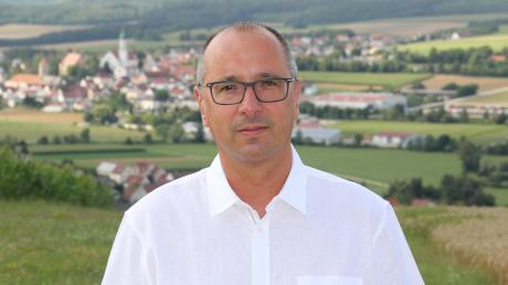 Stephan Herreiner ist der stellvertretende Bürgermeister in Bissingen. Seit Erkrankung von Michael Holzinger führt er die Amtsgeschäfte. Am Sonntag, 13. Oktober, steht er als einziger Kandidat auf den Stimmzetteln bei der Bürgermeisterwahl. Nominiert wurde er von CSU und Freie Wähler.