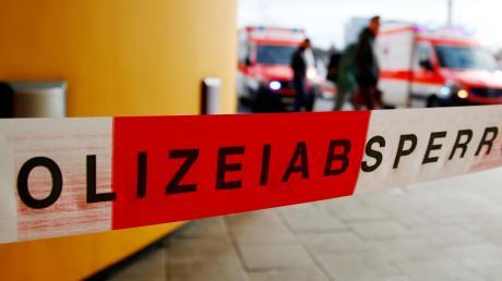 Bei tödlichen Unfällen werden auch Notfallseelsorger alarmiert, die sich um die Angehörigen kümmern.