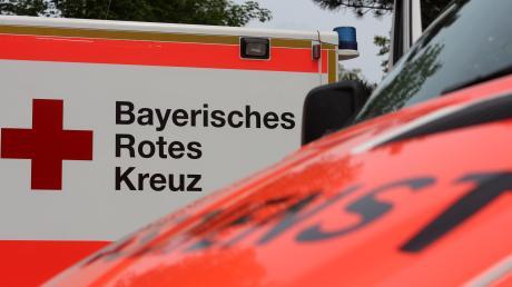 Eine Frau musste nach einem Unfall bei Wittislingen ins Krankenhaus gebracht werden.
