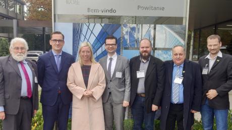 Besuch bei Gartner: (von links) FDP-Ehrenvorsitzender Walter Lohner, CEO Jürgen Wax, Bürgermeisterin Miriam Gruß, Marco Buschmann MdB, FDP-Ortsvorsitzender Markus Jaser, stellvertr. Ortsvorsitzender Martin Reiß und Tobias Walter.