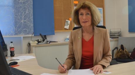 Seit August ist Iris Eberl die neue Schulleiterin des Albertus-Gymnasiums in Lauingen. Ihre Zeit im Bundestag hat auch Einfluss auf ihre jetzige Arbeit – vor allem, wenn es um Fehler geht.