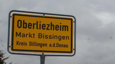 Auch im Landkreis Dillingen gibt es in vielen Orten keinen verlässlichen Handyempfang. Dass die Verantwortung damit an die Kommunen abgegeben wird, findet nicht überall Zustimmung.