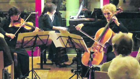 Das italienische Aura-Trio begeisterte im Gundelfinger Spital und im Kloster Maria Medingen.