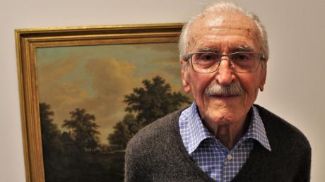Seinen 100. Geburtstag feiert heute der Lauinger Kieferorthopäde Dr. Engelbert Kigele.