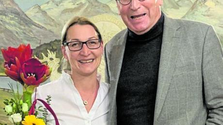 Mirjam Steiner, hier mit SPD-Kreisvorsitzendem Dietmar Bulling, will neue Bürgermeisterin von Syrgenstein werden.