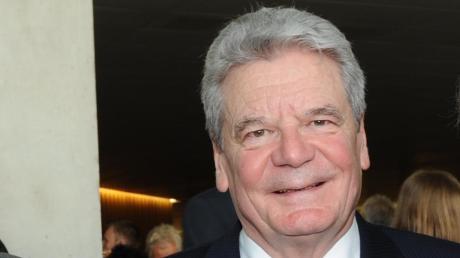 Der ehemalige Bundespräsident Joachim Gauck kommt Ende März nach Dillingen.