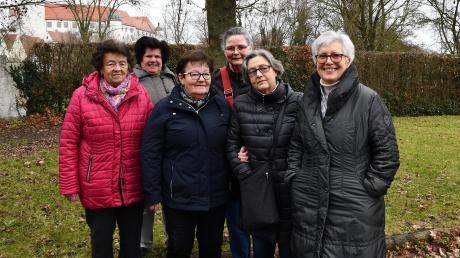 Mathilde Hafner, Aloisia Dudik, Marianne Hurler, Susanne Schmidt-Fischer, Rosmarie Schütz und Gertrud Gebele (von links) sind seit vielen Jahren Mitglieder der Selbsthilfegruppe Schlaganfall.