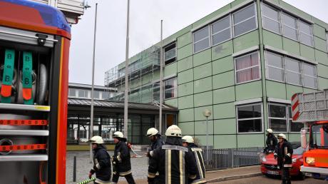 Nach dem Feuer am Sailer-Gymnasium ist jetzt ein 13-jähriger Schüler als Brandstifter ermittelt.