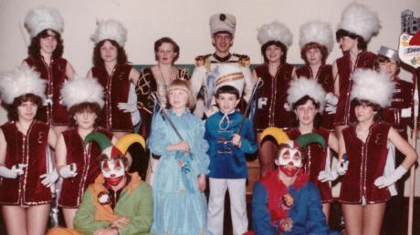 Ein kleines und großes Prinzenpaar gab es bei der Epponia schon im Jahr 1981. Präsident Rainer Egger regierte damals den großen Hofstaat.
