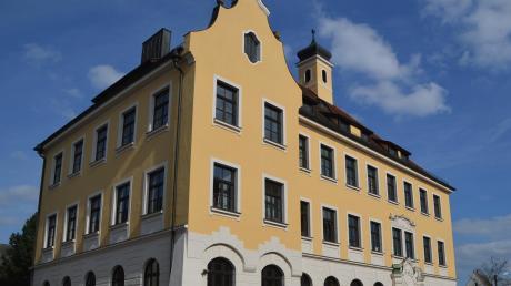 Am Lauinger Albertus-Gymnasium sollen sich Lehrer mehrfach Grenzüberschreitungen gegenüber ihren Schülern geleistet haben. Das Verfahren wurde eingestellt