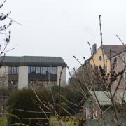 Am Albertus-Gymnasium in Lauingen sollen mehrere Lehrer Schüler belästigt haben. Die Aufklärung der Fälle könnte schwierig werden. Das hat mit Mechanismen der sozialen Netzwerke zu tun.
