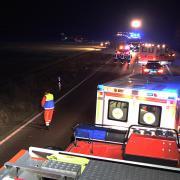 An der B16 zwischen Peterswörth und Emmausheim hat sich ein schwerer Unfall ereignet.