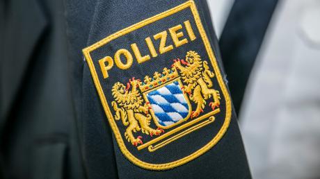 Die Dillinger Polizei sucht Zeugen für einen Unfall in Höchstädt.