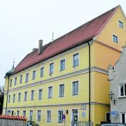 Bislang waren Jugend- und Gesundheitsamt des Landkreises Dillingen in diesem Gebäude in der Weberstraße untergebracht. Jetzt ziehen die Mitarbeiter an die Große Allee.