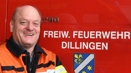 Walter Honold ist seit 50 Jahren aktiver Feuerwehrmann in Dillingen. 32 Jahre lang war er der Zweite Kommandant, der Mann fürs Praktische. In die erste Reihe wollte er nie, aufhören aber auch nicht.