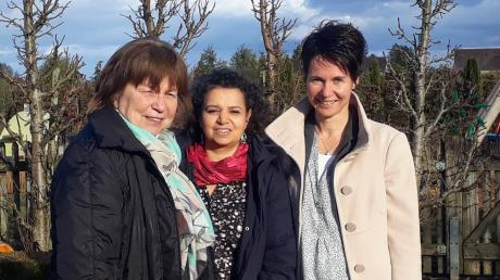 """Mit der Initiative """"Frauen begegnen Frauen"""" engagieren sie sich seit einigen Jahren für den kulturellen Austausch und Gemeinschaft von Frauen in Gundelfingen und Umgebung: Barbara Lutzmann, Rajaa Nußbaum und Judith Bachter (von links)."""