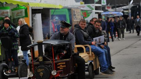 Tausende Besucher sind am Samstag auch in Zeiten der Angst vor Corona zur Dillinger Messe gekommen.