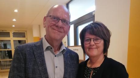 Klaus Friegel mit Ehefrau Martina nach der Verkündung.