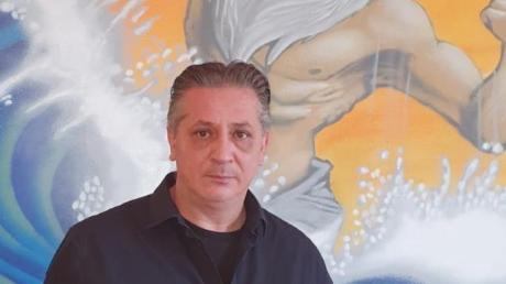 Paris Antonoglou, der Chef des Poseidon, möchte sich mit einem Gratis-Essen bei allen Helfern während der Corona-Krise bedanken.