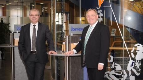 Blicken auf ein erfolgreiches Geschäftsjahr zurück (von links): Vorstandssprecher Michael Kruck und Vorstand Franz Miller.