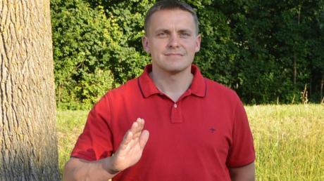 Nachfolger Michael Rusch legte in der Schwenninger Gemeinderatssitzung seinen Schwur ab.