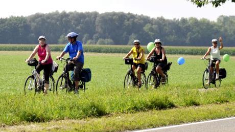 Fahrradfahren ist beliebt – und war auch während des Lockdowns erlaubt. Jetzt, wo die Geschäfte wieder offen sind, freuen sich die Fahrradhändler im Landkreis Dillingen über eine große Nachfrage. Vor allem E-Bikes sind beliebt. Das Foto entstand beim Radelspaß 2014 im Landkreis Dillingen.
