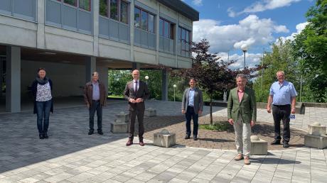 Besuchten die Aschbergschule (von links): Ruth Seyboldt, Georg Brenner, Fabian Mehring, Jürgen Kopriva, Stephan Wolk und Erhard Friegel.