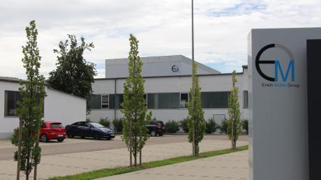 Die Erwin Müller Group im Wertinger Stadtteil Geratshofen ist ein großer Zulieferer für die Hotellerie- und Gastronomiebranche. Weil es den Wirten nach dem Corona-Lockdown immer noch schlecht geht, ist das Unternehmen in der Zusamstadt in der Krise. Um die Arbeitsplätze zu erhalten, baut die Firma jetzt 70 Stellen ab.