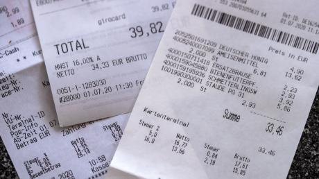 Seit Anfang Juli zahlen Kunden in Deutschland einen verminderten Mehrwertsteuersatz. Je nach Branche wirkt sich das unterschiedlich aus.