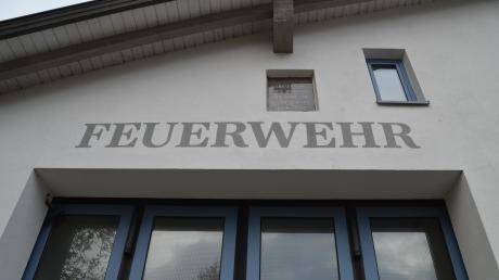 Die Syrgensteiner Ortswehren (hier Landshausen) treffen sich zum Gespräch in der Bachtalhalle.