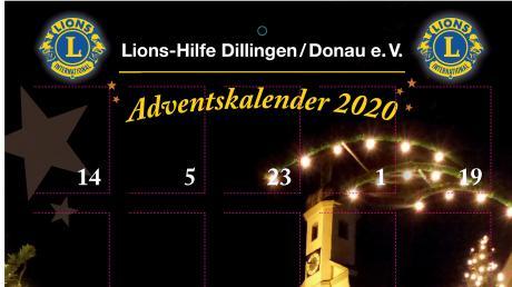 Das Gundelfinger Rathaus im vorweihnachtlichen Lichterglanz ist dieses Mal auf dem Kalender der Lions Dillingen zu sehen.