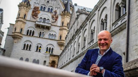 Christian Luksch ist der neue Verwalter von Schloss Neuschwanstein. Der gebürtig aus Lauingen an der Donau stammende Beamte leitet die Verwaltung auf dem Märchenschloss.