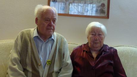 Das Ehepaar Irene und Alfons van den Woldenberg aus Bachhagel ist seit 70 Jahren miteinander verheiratet.