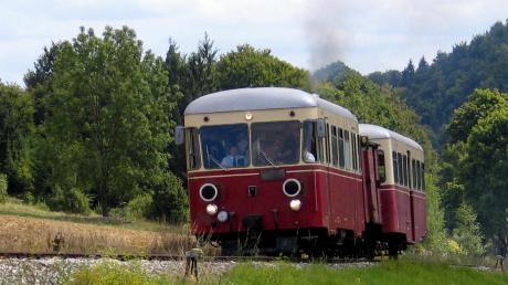 Heute ist die Härtsfeldbahn nur noch als Museumszug zu bestaunen. Doch einige baden-württembergische Politiker wollen sie ausbauen und im Stundentakt fahren lassen. Und was ist mit dem Landkreis Dillingen?