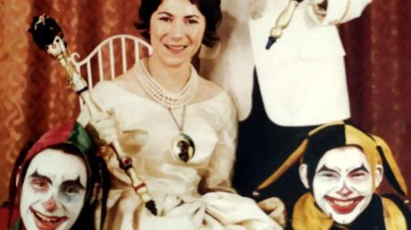 Angefangen hat alles in der Saison 1960/61: Anneliese Fürniß als Annelie I. (Linder mit ihrem Prinzen Manfred I. (Joekel).