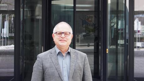 Der Leiter der Staatlichen Berufsschule Lauingen, Gottfried Göppel, wechselt nach fast fünfeinhalb Jahren nach Mindelheim
