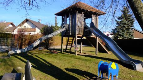 In Bissingen soll es einen Naturkindergarten geben. Im Wald bei Buggenhofen gibt es Platz dafür. Das Bild zeigt einen Spielplatz in Bissingen.