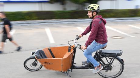 Ohne Lärm und Emissionen unterwegs? Mit dem Fahrrad ist es möglich. In Dillingen sollen ab 1. Juni Lastenfahrräder bezuschusst werden.